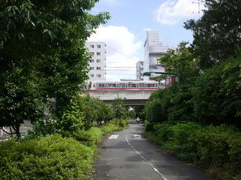 京王線交差.jpg