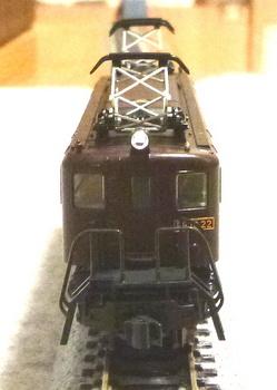 EF10 22-1.jpg