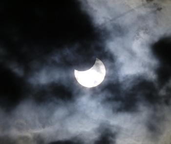 部分日食'19.1.7 10:04.jpg