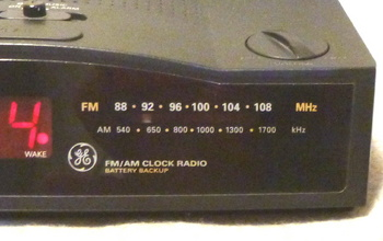FM dial.jpg