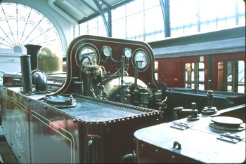 metropolitan locomootive.jpg