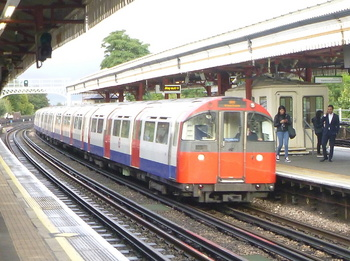 piccadilly line.jpg